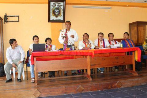 la regional  Amazónica    eligió  pre candidatos para asambleísta  nacional:  Marlon  Santi   y  parlamentaria andina a Patricia  Gualinga.