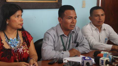 Sarayaku desmiente ante los medios de comunicación las acusaciones de secuestro  realizadas por el  Presidente Rafael Correa.
