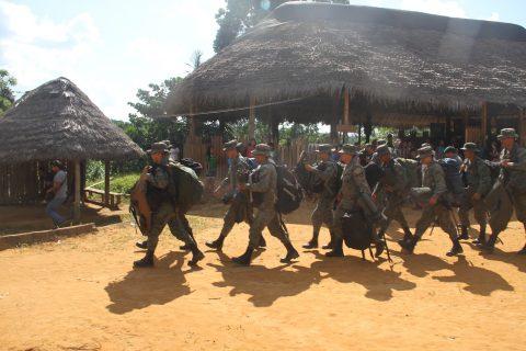 Sarayaku rejette fermement les accusations de séquestration de 11 militaires formulées par le président Rafael Correa