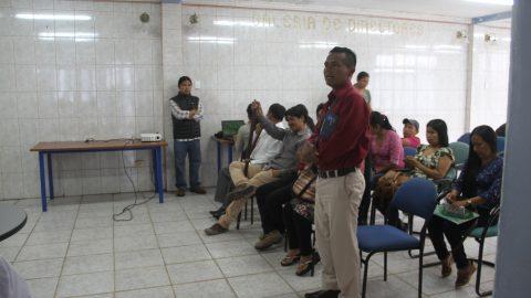 Les parents et les représentants du Centre d'éducation communautaire Tayak Wasi (Tayak Yuyayta Jatachik Yachana Wasi